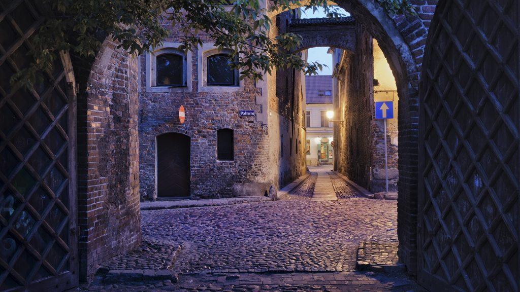 courtyard-pembrokeshire