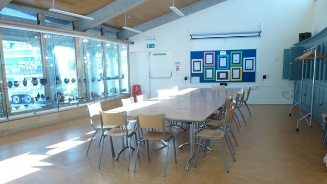 Table and chairs in the Discovery Room in Oriel y Parc